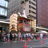 祇園祭の夜を楽しむ