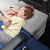 【子供連れ長距離フライト】機内に持ち込むべき必需品10【エコノミークラスでも快適に】