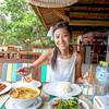 エビのガーリック揚げに空芯菜、トムヤムクンで美味しい時間