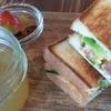 中崎町のカフェバー「PLUG」は子ども連れにもやさしいお店