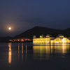 ジャイプール観光3 街が一望できる夕日が綺麗な「ナルガール要塞」と湖に浮かぶ美しい「水の宮殿」!