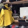 キャンピングカーの設備を考える・クローゼット/自作 バンコン キャンピングカー 〜ありあまる、服を掛ければ安全に〜