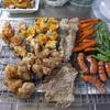 幸運な病のレシピ( 1445 )朝:ジャガイモ素揚げバター醤油、ウインナ・人参・いんげん素揚げ、鶏唐揚、小鯛唐揚げ、味噌汁