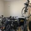 自転車部屋に棚を作ってみた