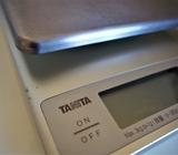 タニタ0.1g~3kg計量のクッキングスケールの詳細!違いを比較してみました