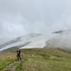 【巻機山】2015年6月15日  白いリベンジマッチ! 残雪のみならず、空も白く染まる… (小屋泊登山)