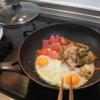 幸運な病のレシピ(45) 目玉焼き&昨晩の焼肉、鮭カマ