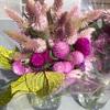 田舎のアーミッシュのお姉さんが摘んだお花はとっても綺麗でした… 幸せを感じます…