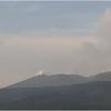 霧島連山・新燃岳では爆発的な噴火で噴煙は3,200m上空・噴石は1.2㎞先まで飛散!溶岩流もさらに6m流下!!