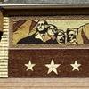 「ラシュモア山の4人の大統領のモニュメント」は人種差別の象徴?!