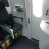 弾丸旅行の締めは非常口席利用で深夜便。NH804(シンガポール→成田)エコノミークラス搭乗記