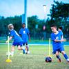 サッカーに対してより特異性の高いアジリティテスト(足の支持を複数回切り替えて、ボールをドリブルしながら方向転換を行い、障害物を乗り越え、複数回方向転換を行なうアジリティテストはスキル要素が含まれているために、純粋なアジリティテストとしての妥当性はやや低いと考えられる)