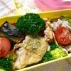 本日のヨメさん弁当【2018.12.29】~鶏モモスパイス焼き・豚丼の具・カボチャの煮物~