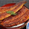 夏キャンプのスタミナ補給!鰻をキャンプ場で炊いたご飯の上に乗せて食べる!