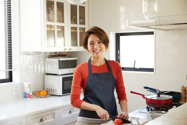 料理研究家・和田明日香さんに教わる仕事が忙しい二十代にオススメのレシピ【気になるあの人のオススメ】
