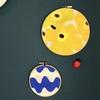 【刺繍枠で簡単壁飾り】 夏仕様の北欧ダイニングキッチンのインテリア。