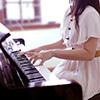魅惑のピアノ女子