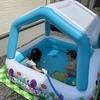真夏には庭で屋根付きプール遊びしてみた