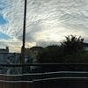 歩道橋の上の雲