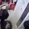 荒ぶる中国人 エレベーターを破壊