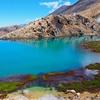 もう一つ先の「エメラルド レイク(Emerald Lakes)」のブルーさに思わず!!~「トンガリロ アルパイン クロッシング(Tongariro Alpine Crossing)」