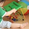 赤ちゃんから楽しめる!保育士オススメの楽しいおもちゃ【年齢別】