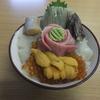 自由市場内の食堂で海鮮丼 市場亭 函館
