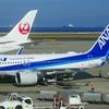 ANAとJAL両社のコロナ対応を見ると、JALはイメージ優先、ANAはキャッシュ優先な姿勢が浮かび上がる。
