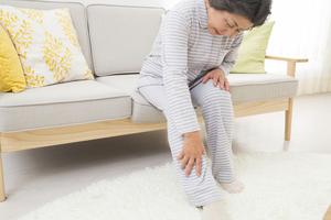 関節リウマチとはどんな病気?症状や予防法、介護保険の利用