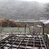 雨音がしなくなって外を見たら雪だった日中~