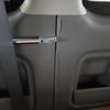 車 内装修理#242 トヨタ/ハイエース ドア内張りプラスチックパネル 割れ補修