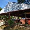 意外に食べれるブッダパーク内の食堂(Wat Xiengkuan) - (ビエンチャン、ラオス)