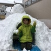 大雪で、かまくらが出現する