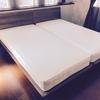 寝室にダブルベッドではなくシングルベッドを2つ置いた