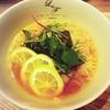 【銀座】「らぁ麺 レモン&フロマージュ GINZA」で未知の酸っぱさなヘルシー麺に出会った