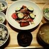 【おぼんdeごはん】国産牛肉とズッキーニのトマト炒め