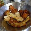幸運な病のレシピ( 553 )夜:厚揚げタケノコ牛肉テリテリ、唐揚げ、チーぅ揚げ、竹輪揚げ