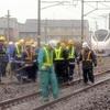 常磐線踏切で特急列車と衝突、乗用車の男性死亡