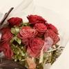 花束をレストランやホテルに預けておく時の注意点