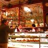リスボンの老舗カフェ「Pastelaria Versaille」でレトロなティータイム【レストラン】評価3.8 ★★★