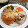 朝ごパン実食レポ~テコナベーグルのオリーブとアンチョビクリーム~