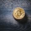 急騰するビットコイン取引価格を横目にゲーミングPCで仮想通貨マイニングの日々