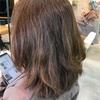 膨らむ髪。縮毛矯正しかないの?!