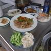 幸運な病のレシピ( 2096 )夜:ハマチ刺し身、バンバンジー風、豚肩ロース薄切り炒め、汁(青梗菜と豆腐にシャブシャブ肉)