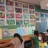 3年生:図工 カメレオンとチョウの鑑賞
