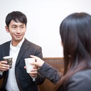 【職場恋愛】職場で彼女を作った人のアプローチ方法と注意点