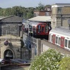 ロンドン地下鉄で爆発、22人けが…テロ事件か
