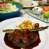 ●牛フィレ肉とフォアグラのロッシーニ風ステーキ
