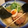 柚子香るさっぱりスープと炙りチャーシューがたまらない美味ラーメン:AFURI(東京都港区)