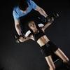 家トレで理想の大胸筋を手に入れる!自宅でできるダンベル胸筋トレーニング
